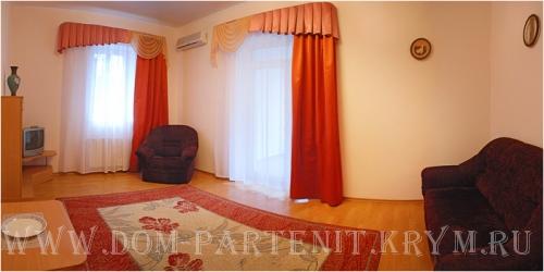Гостиница Партенит